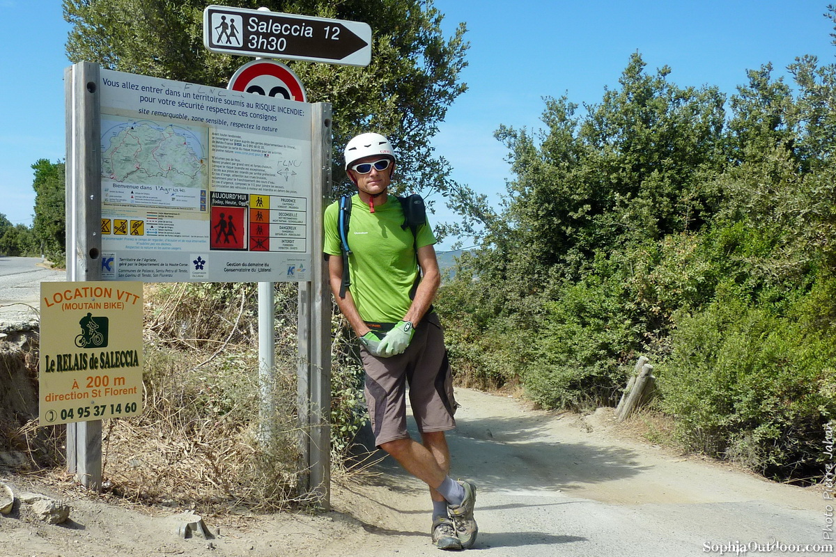 Départ de la piste de Saleccia à Casta