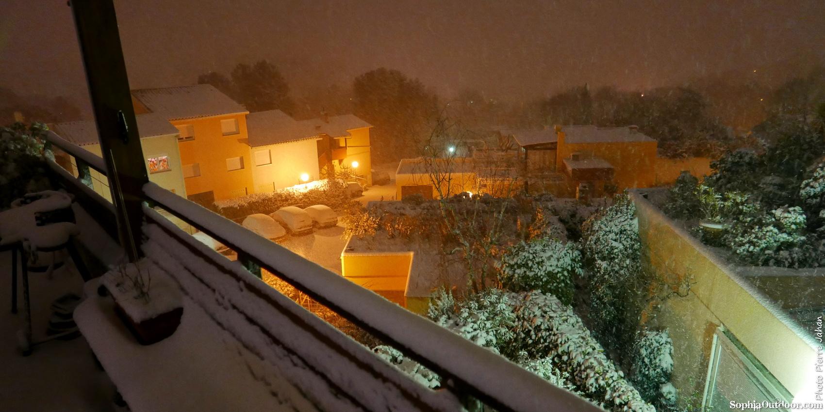 Episode neigeux dans le sud-est P1290624